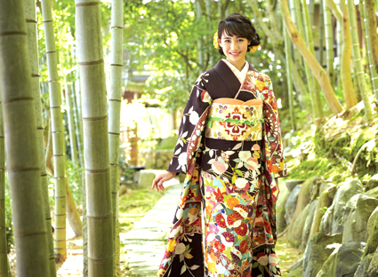 振袖ゴールデンフェア京美各店にて4月28日より開催!