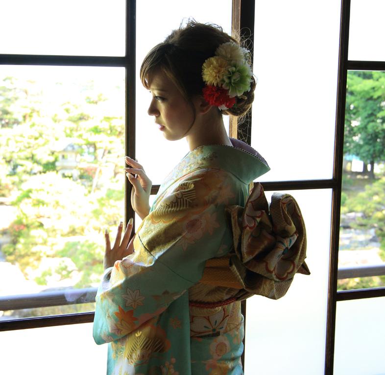 京美各店にて本日より9月18日まで「振袖フェア」開催!