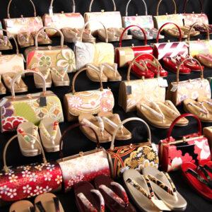 「新作草履バッグ入荷しました!」京美各店にて振袖フェア開催中!